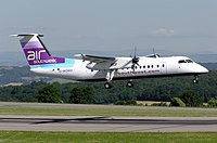 Dash 8 300 landing at Bristol (UK)