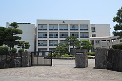 Akashi-Josai High School.JPG