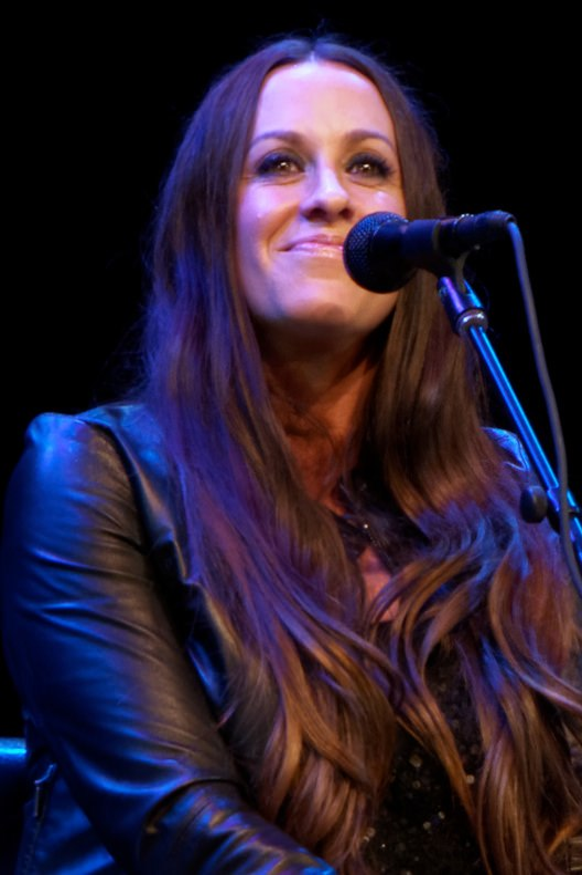 Alanis Morissette 5-19-2014