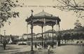 Alcalá de Henares (Tomás de Gracia Rico 1915) Kiosco y Paseo de Cervantes.png