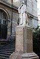 Alfred Vulpian statue.jpg