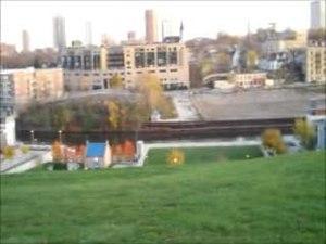 File:Alice Bertschy Kadish Park - Milwaukee, WI.ogv