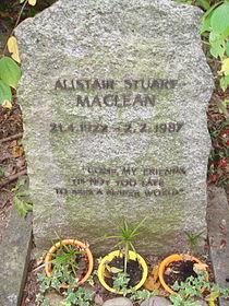 Alistair Maclean grave.jpg