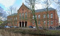 Altes Gymnasium Oldenburg schräge Frontalansicht 2007