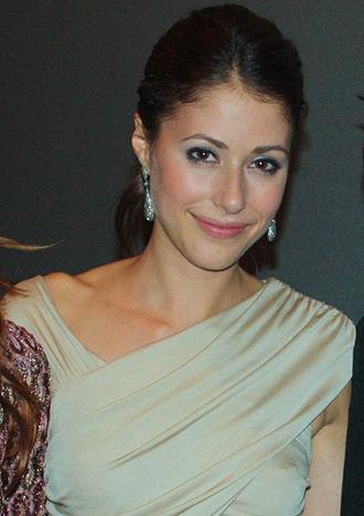 Amanda Crew - Crew at the premiere of Repeaters in September 2010