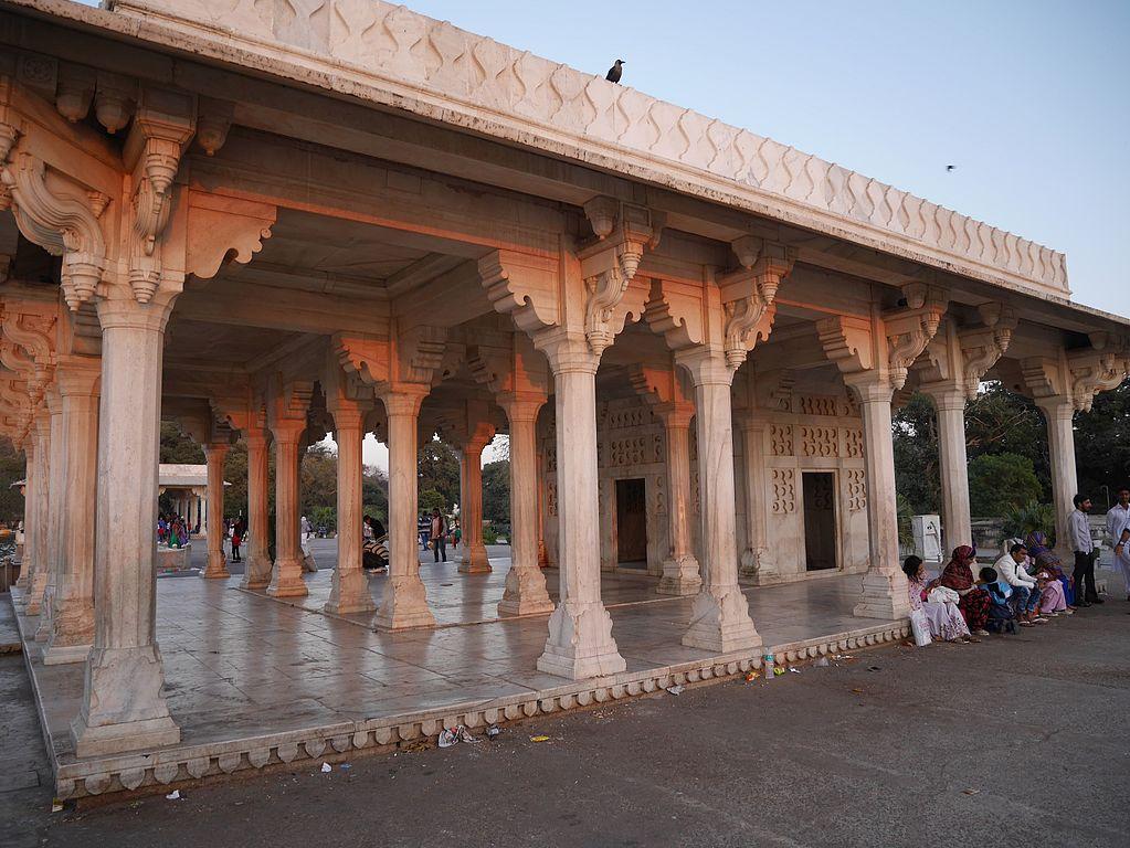 Ana Sagar pavilions