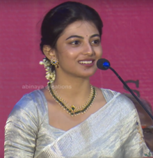 Anandhi at PARIYERUM PERUMAL audio launch3.png