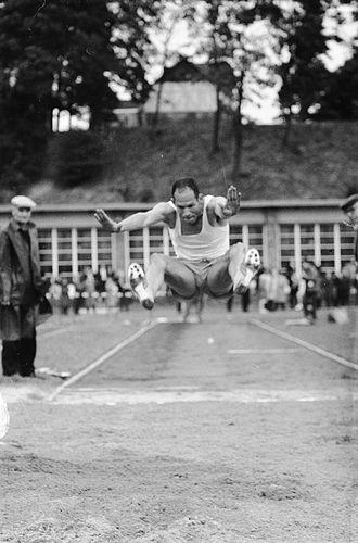 Henk Visser (long jumper) - Henk Visser in 1960