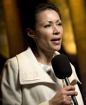 Gentleman's Intermission - Ann Curry appeared in the episode, announcing that Tracy Jordan's film Hard To Watch would likely win an Oscar