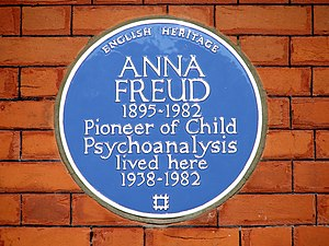 Anna Freud - Blue plaque for Freud at 20 Maresfield Gardens