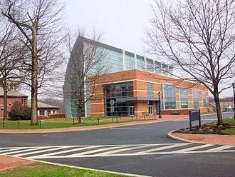 Peddie School - The Walter and Leonore Annenberg Science Center