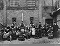 Arbeidere ved Schous bryggeri - 1889 - Oslo Museum - OB.F12920.jpg