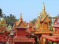 Artisans khmers (2517376547).jpg