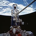 Astronauts Jeffrey Hoffman and Story Musgrave with Wide Field Cameras during the Third STS-61 Extravehicular Activity (28051113171).jpg