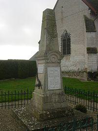 Aubeterre monument aux morts.JPG