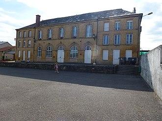 Aubigny-les-Pothées - The School