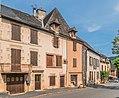 Avenue de la Tour in Clairvaux-d'Aveyron 02.jpg