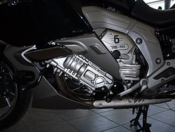 BMW K 1600 GTL Engine left.JPG