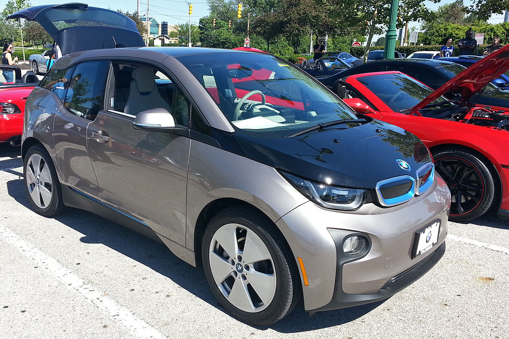 BMW Columbus Ohio >> File Bmw I3 Columbus Ohio Trimmed Jpg Wikimedia Commons