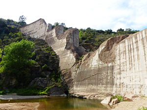 马尔帕塞拱坝