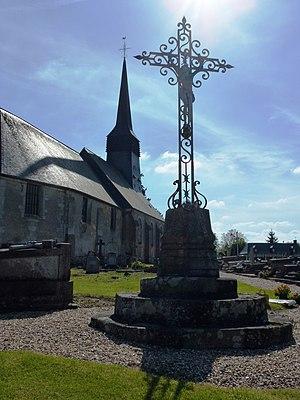 Bazoques - Image: Bazoques (Eure, Fr) église et croix de cimetière