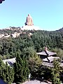 Behind the statue of the God of the Red Mountain (Chishanshen 赤山神) in Rongcheng, Weihai, Shandong (1).jpg