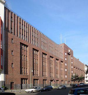 Rundfunk im amerikanischen Sektor - First location, former Reichspost telephone exchange on Winterfeldtstraße