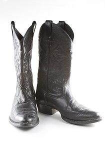 Blackcowboyboots.jpg
