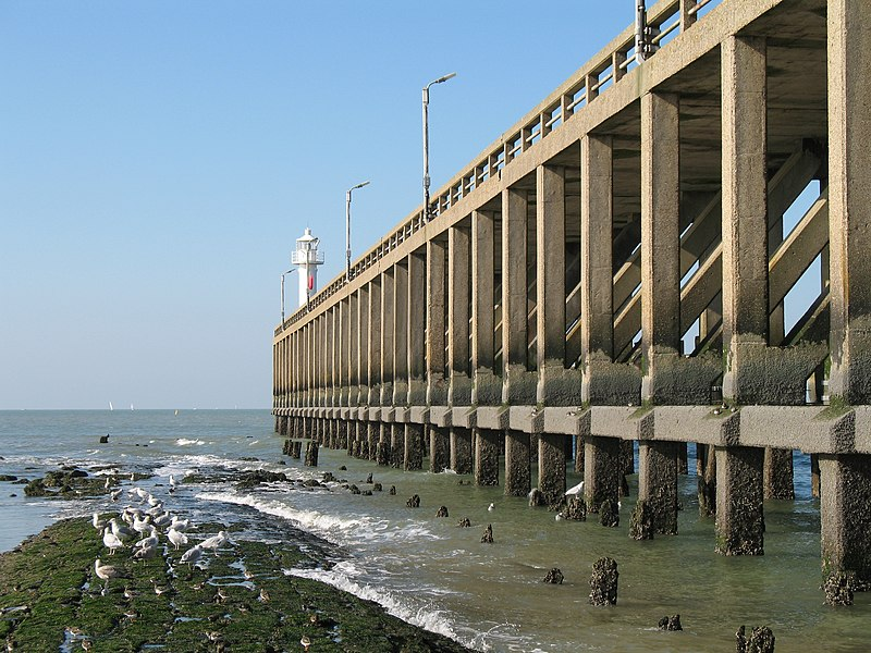 Blankenberge (province of West Flanders, Belgium): the western jetty