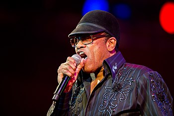 English: Bobby Womack performing on Orange Sta...