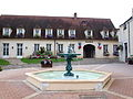 Bonny-sur-Loire-FR-45-mairie-04.jpg