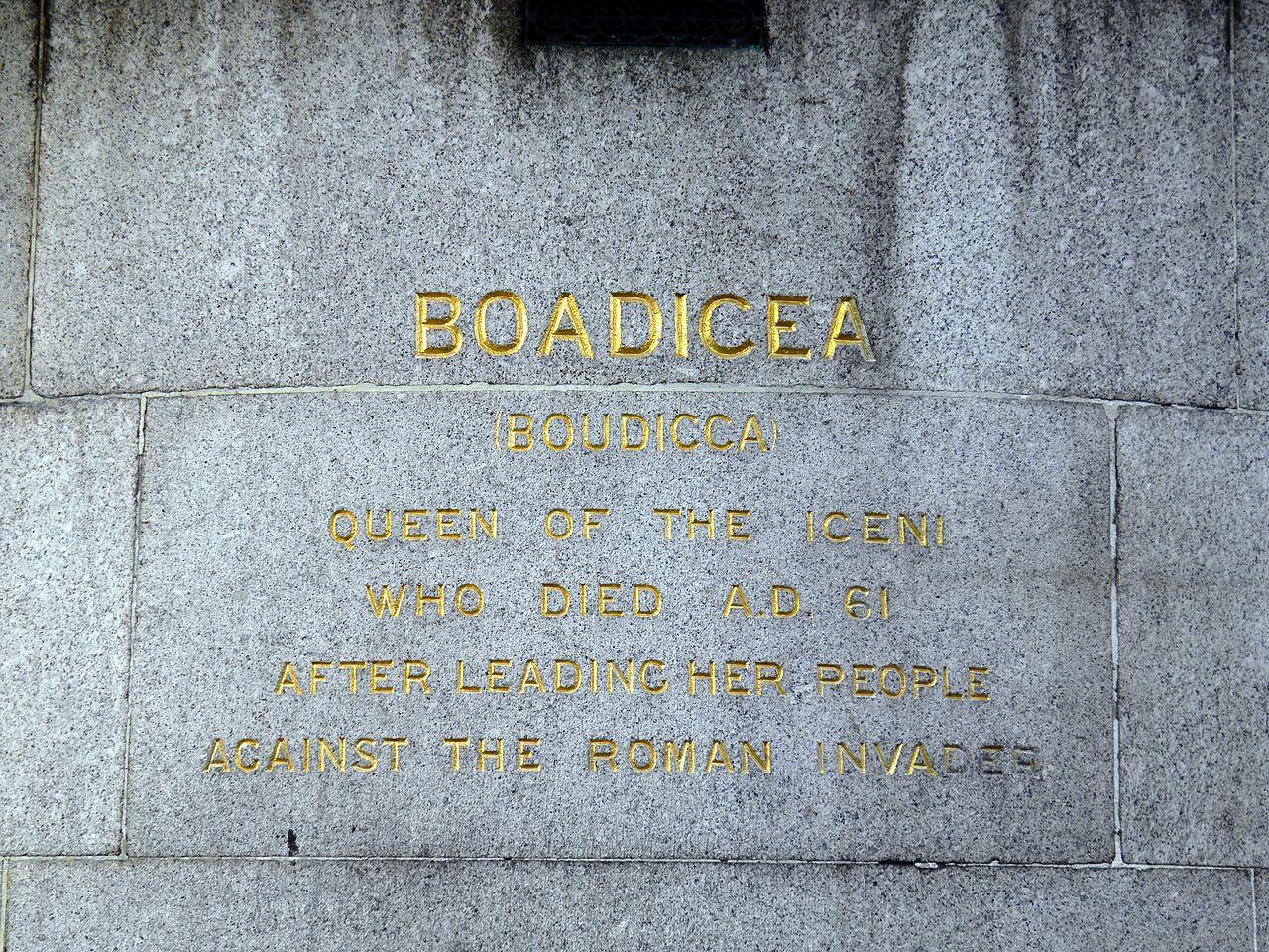 file boudicca statue westminster bridge  london