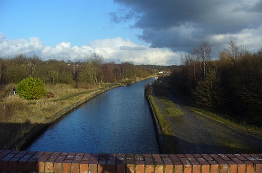 Bridgewater Canal at Boothstown - geograph.org.uk - 1753805