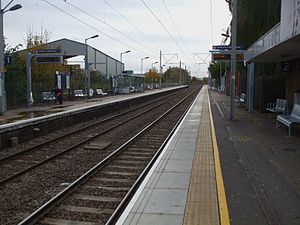 Brimsdown railway station - Image: Brimsdown station look south