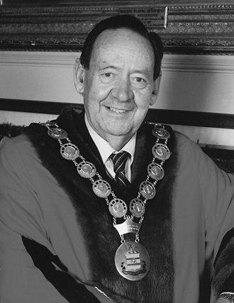 Bruce Eastick - Gawler Mayor Bruce Eastick in 1999