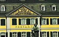 Bundesarchiv B 145 Bild-F088827-0015, Bonn, Postamt und Beethovendenkmal.jpg