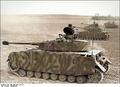 Bundesarchiv Bild 101I-298-1759-25, Nordfrankreich, Panzer IV Recolored.png