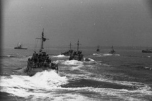 R boat - Image: Bundesarchiv Bild 101II MW 1562 23, Frankreich, R Boote