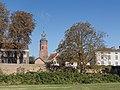 Buren, vestingwerken met toren van de Sint-Lambertuskerk RM11329 foto4 2016-10-05 10.47.jpg