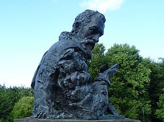 John Napier - Bust of Napier, holding his 'bones', at the Craighouse Campus of Napier University, Edinburgh