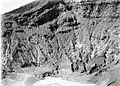 COLLECTIE TROPENMUSEUM Gedeelte van de kraterwand van de Tangkoeban Prahoe TMnr 10004070.jpg