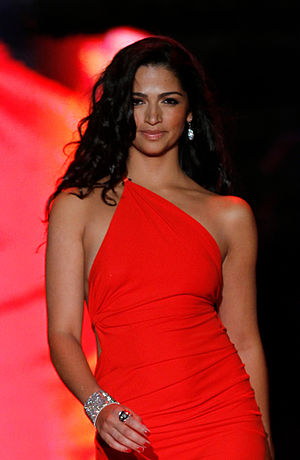 Camila Alves - Camilla at The Heart Truth in February 2011