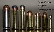Первые три слева патрона используются в Desert Eagle. Эти патроны, слева направо: .50 AE, .44 Magnum, .357 Magnum.