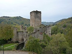Castle of Belcastel 03.JPG