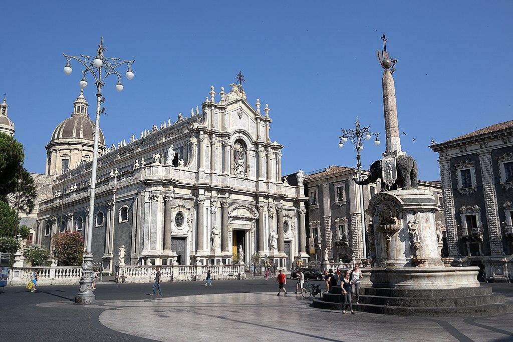 Catania - Piazza Duomo 03