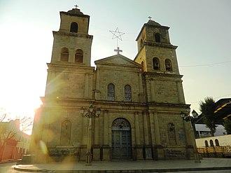 Tarija - Image: Catedral Tarija Boliva