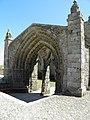 Chapelle de l'abbaye Saint-Mathieu - Portique (Plougonvelin).jpg