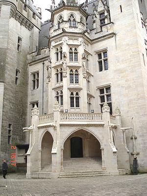 Château de Pierrefonds - Image: Chateaudepierrefonds 04