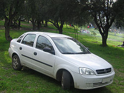 Chevrolet Corsa Evolution 1.8 GLS Sedan 2005