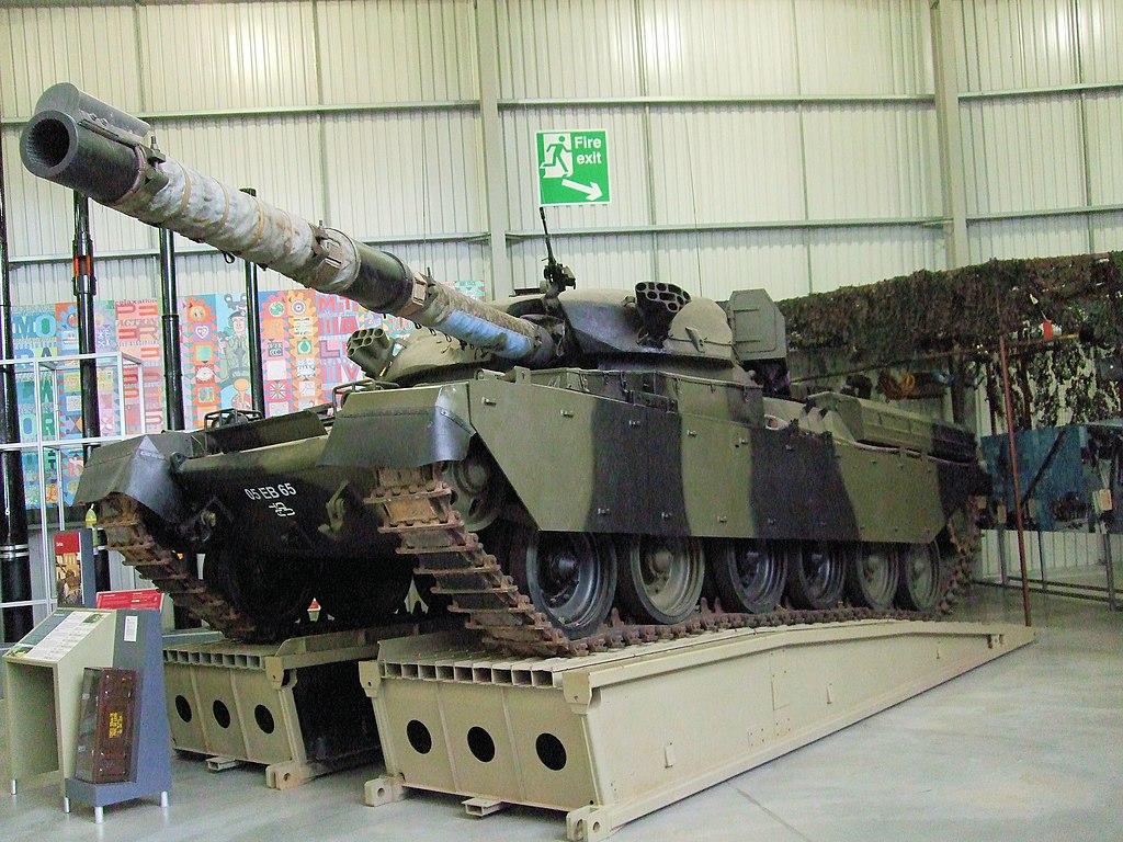 file chieftain tank  bovington tank museum